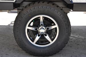 "2016 version of the 15"" aluminum wheel and mud tire"