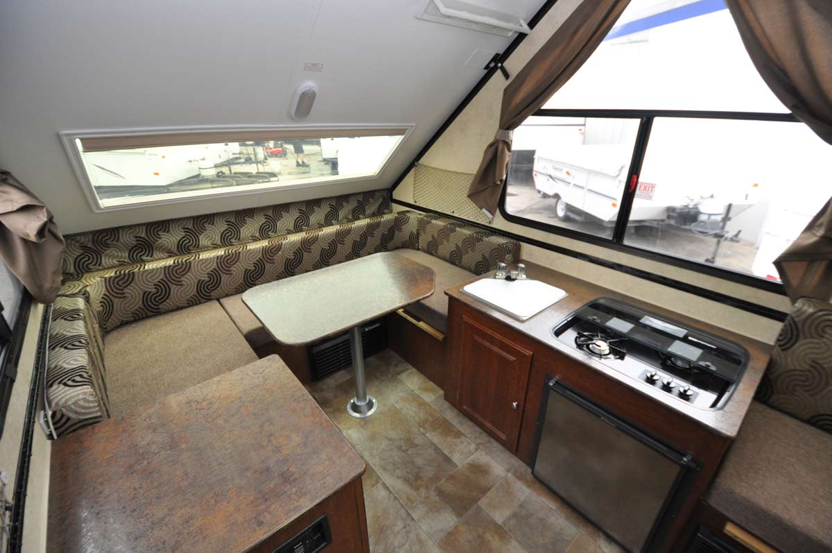 Tricks To Hitch Up A Travel Trailer