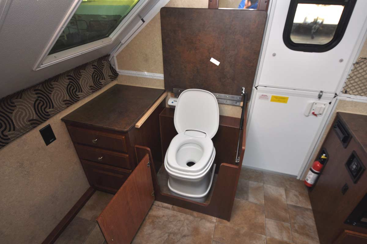 Used Rv Shower Toilet bo