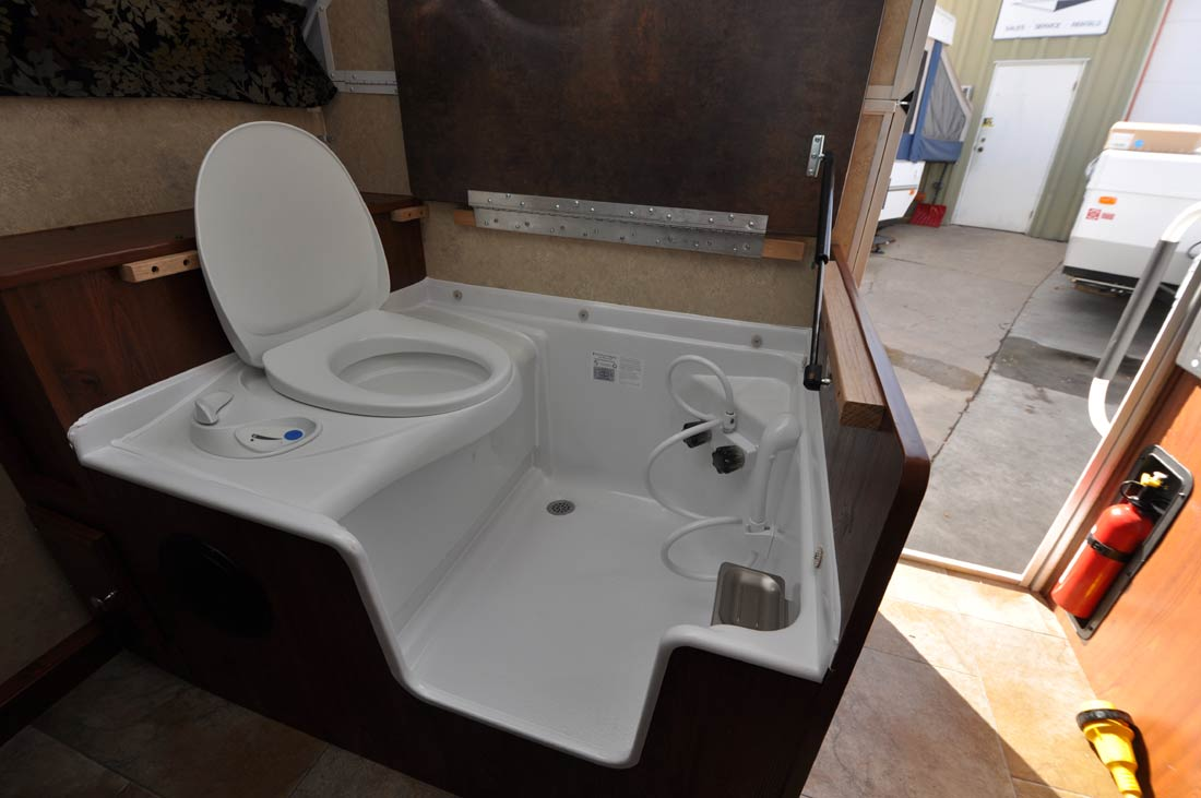 camper bathroom toilet combo shower rv trailer cassette sink flagstaff camping pan cozy comfortable bathrooms tub homes visit sales yahoo