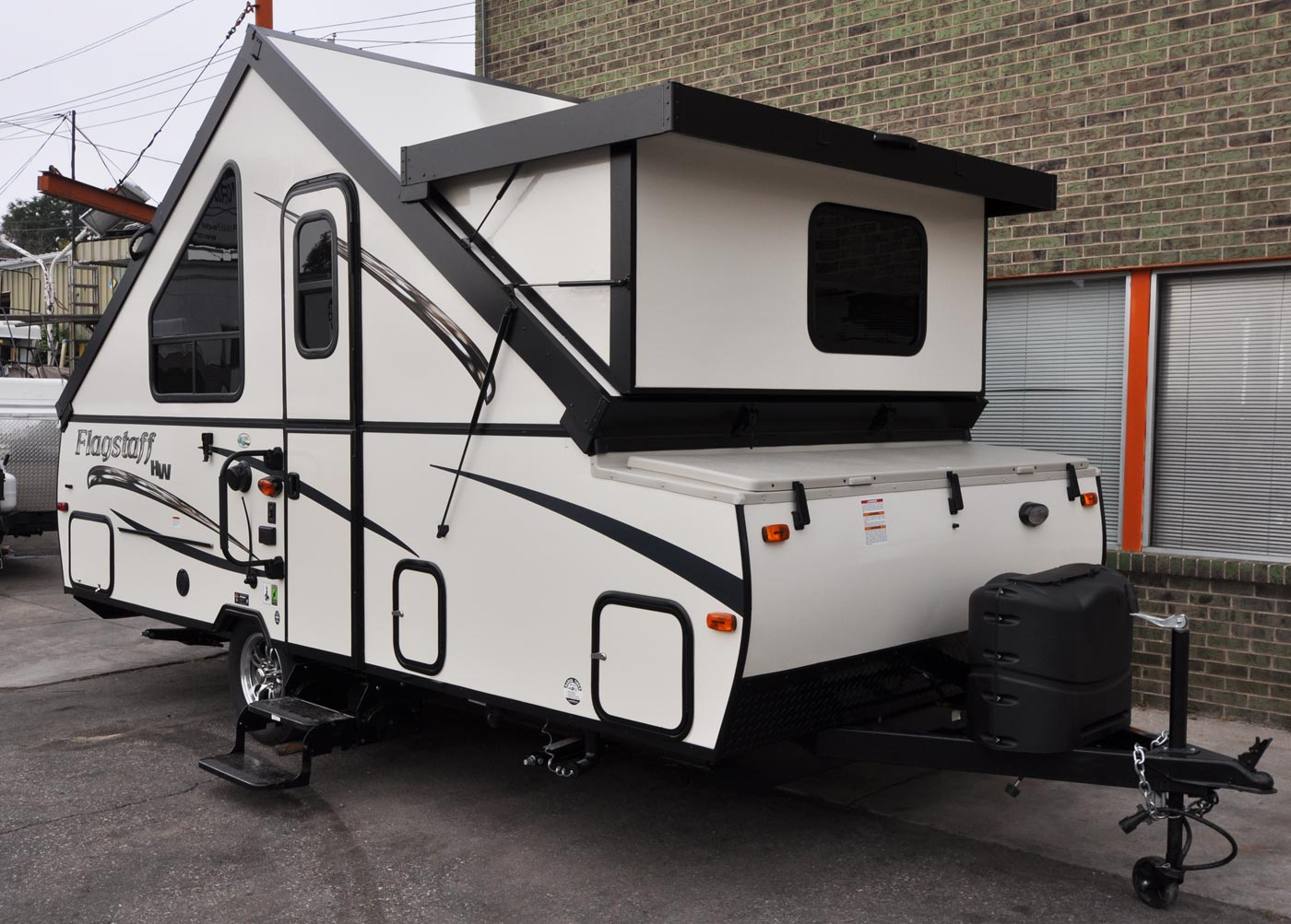 Flagstaff T21DMHW Camping Trailer | Roberts Sales - Denver, Colorado